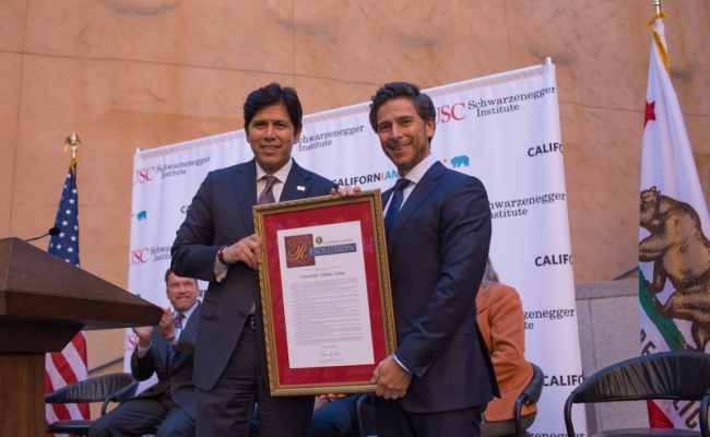 Kevin de Leon and Fabian Nunez