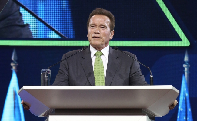 Governor Schwarzenegger gives his keynote remarks at the second annual R20 Austrian World Summit.